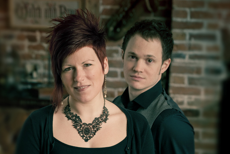 Miranda Sykes & Rex Preston at Wimborne Minster Folk Festival 2017